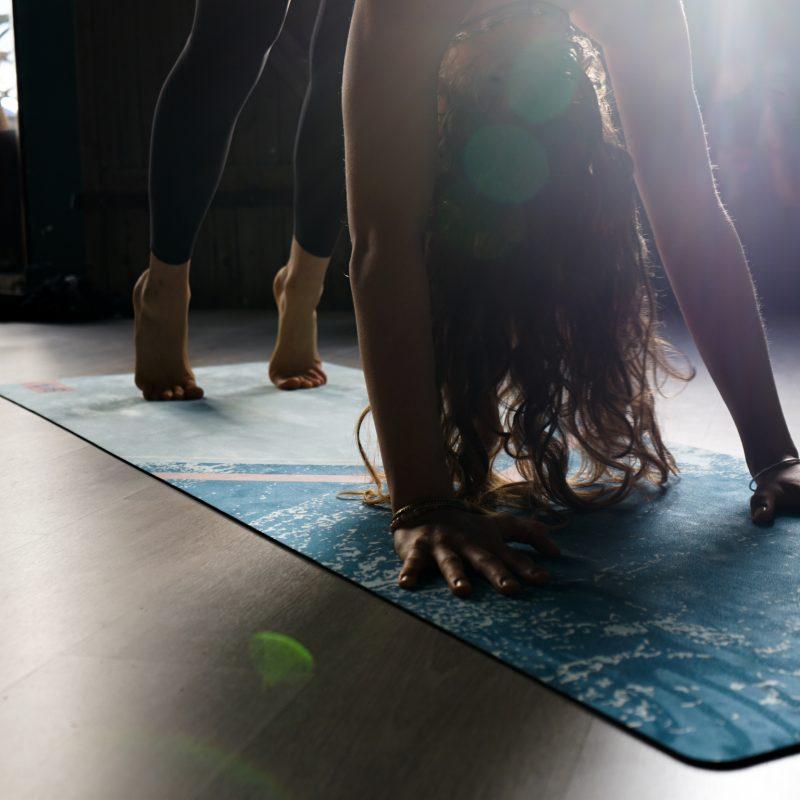 posture joy yoga studiodeyoga montpellier3