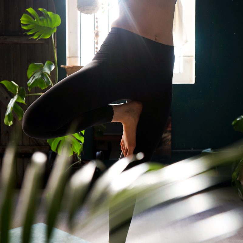 posture joy yoga studiodeyoga montpellier2