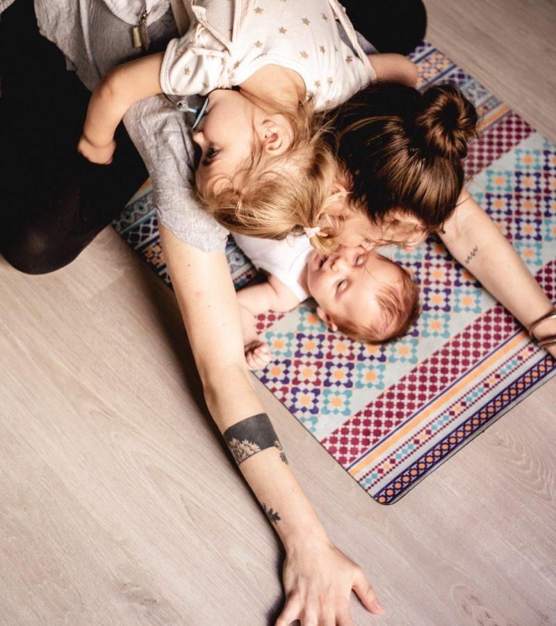 joy family mama dates kids friendly yoga theyogiinme kidsetmama montpellier